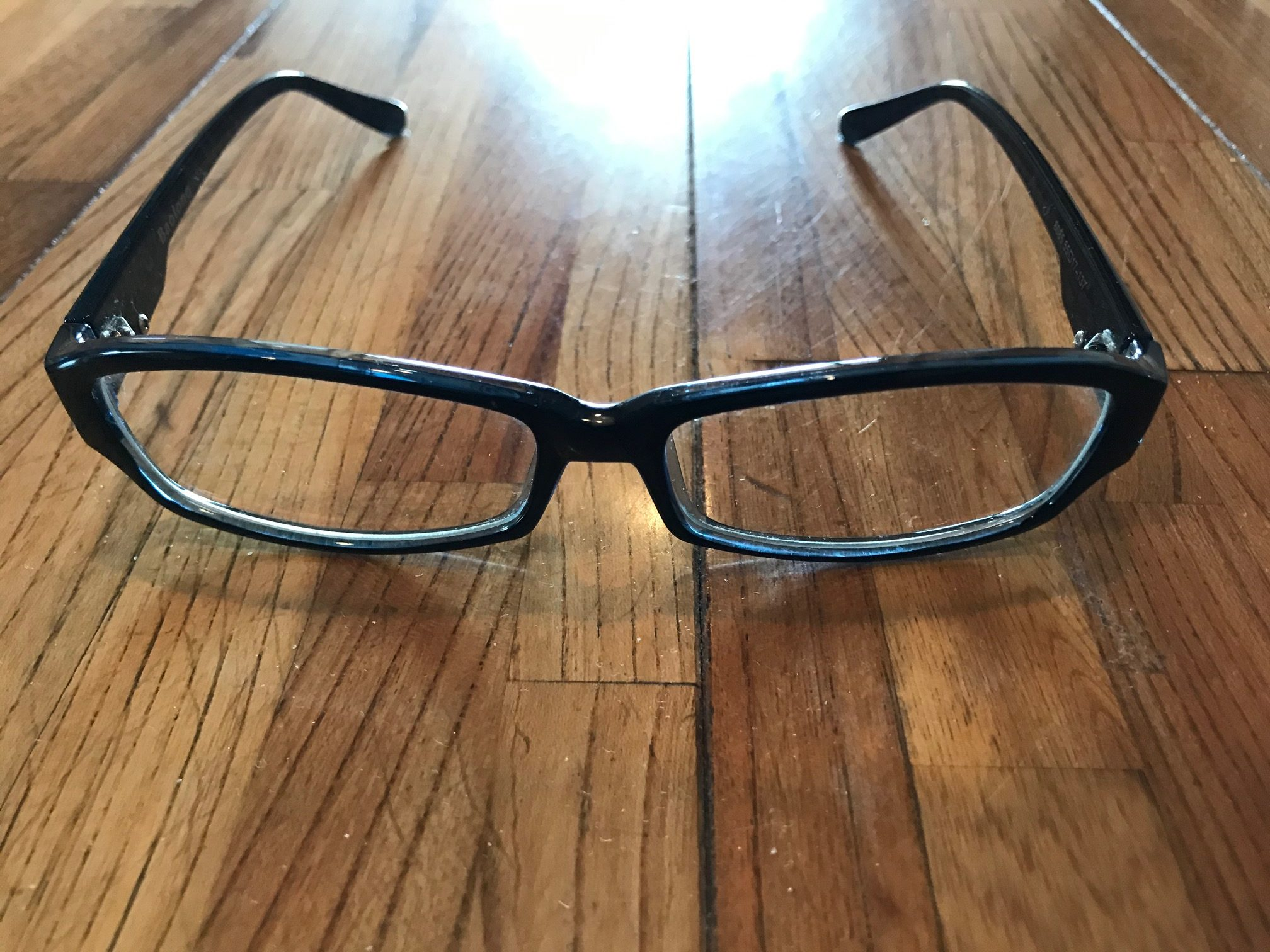 PC Glasses:Protect The Eyesの正面